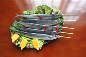 秋刀鱼烧烤串